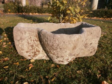 Futtertrog antik, seltene Form