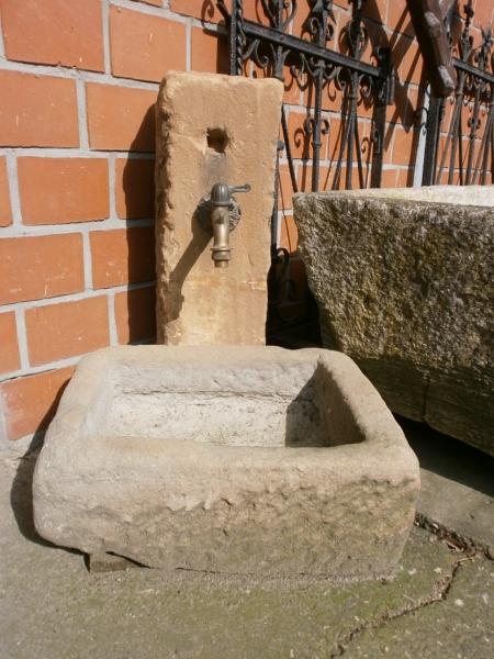 kleiner Brunnen oder Zapfstelle