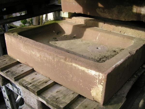 Sandstein Waschbecken historisch