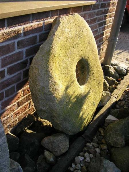 Mühlstein aus Sandstein, ca.100cm Durchmesser