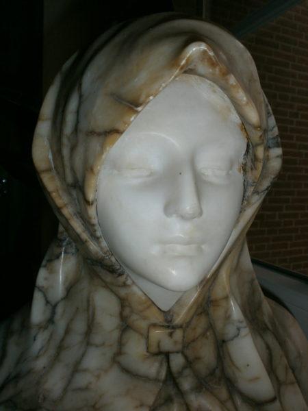 Sehr schöne Büste aus Marmor und Alabaster