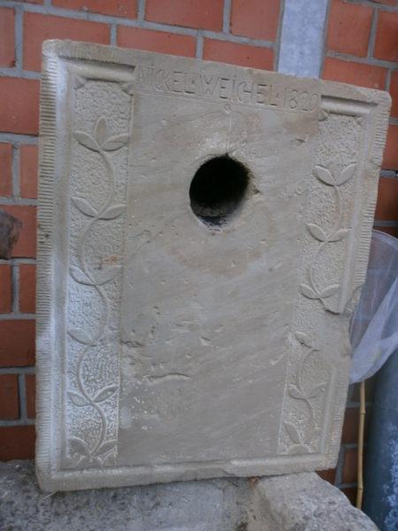 Ofenplatte aus Sandstein antik