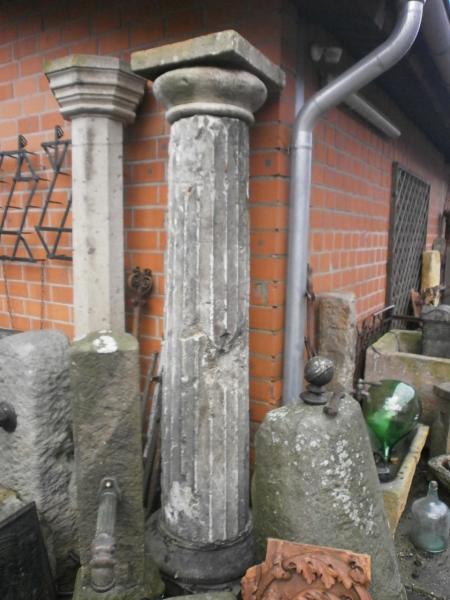 Säulen u. Stelen