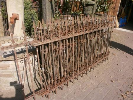 10 Meter Schmiedeeiserner Zaun