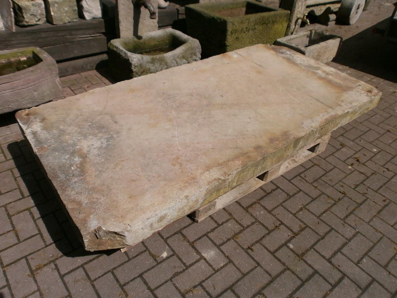 Tolle Podestplatte aus Sandstein