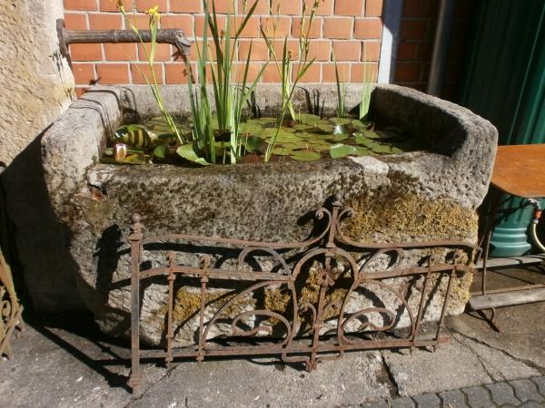 Brunnen mit schöner Patina