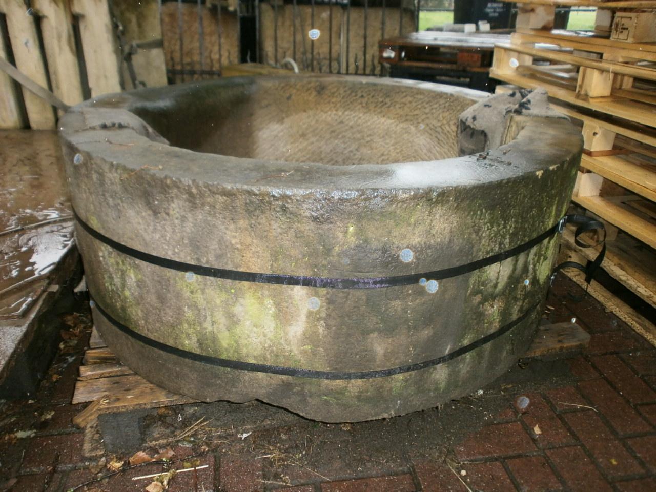 Zweiteiliger  Ringbrunnen