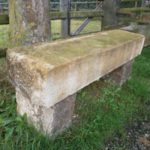 Natursteinbank aus historischem Material