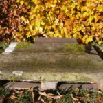 2,5m antike Sandsteinrinnen