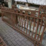Schmiedeeiserner Zaun aus den 20er Jahren