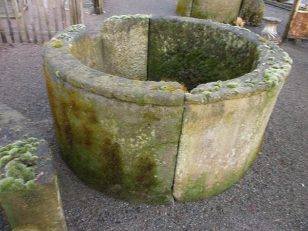 Ringbrunnen oder Ziehbrunnen