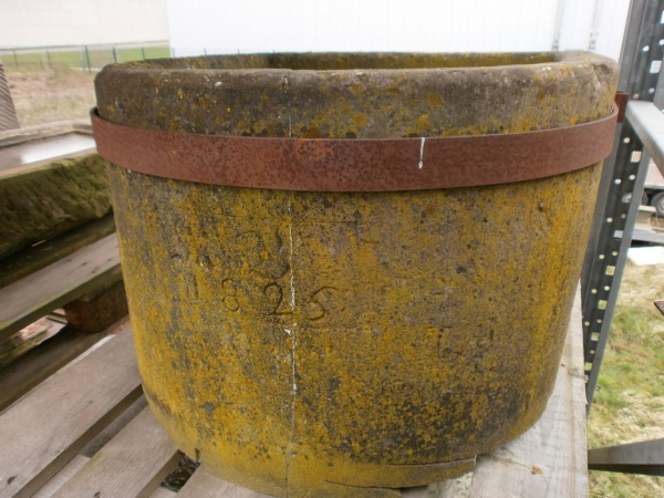 Sandstein Brunnentrog zum selber reparieren
