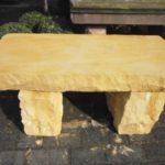 Steinbank aus Sandstein über 140cm Länge