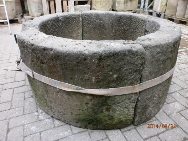 Brunnenring mit Patina