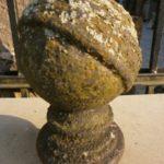 Antike Kugel aus Gusseisen