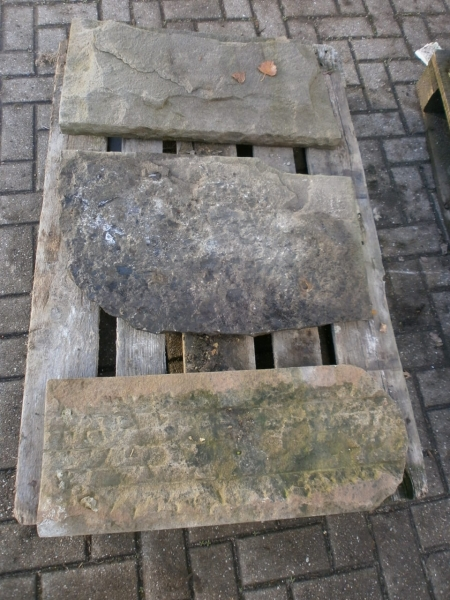 Kleine Menge Sandsteinplatten/Abdeckplatten