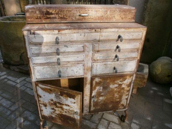 Zahnarzrtschrank, Metallschrank, Loft, Vintage, Industriedesign