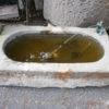 Sandstein Brunnen mit Frosch