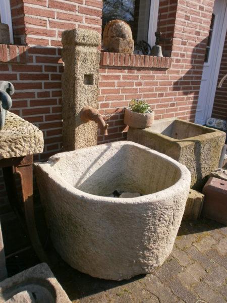 Brunnen aus Granit zum Sonderpreis